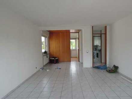 Gepflegte 2,5-Zimmer-Wohnung mit Balkon in Böblingen