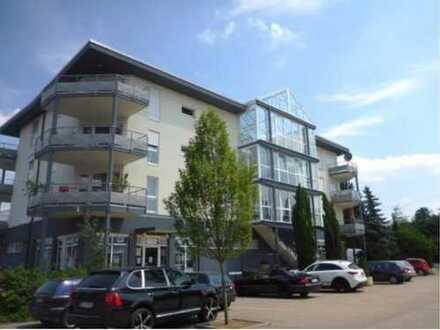 Schöne 3-Zimmer-DG-Wohnung mit Balkon in Darmstadt-Dieburg (Kreis)