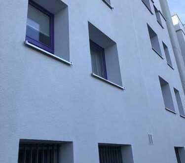 Schön geschnittene und attraktive 2-Zimmerwohnung mit Südbalkon in GIESING (Nähe Perlacher Forst)