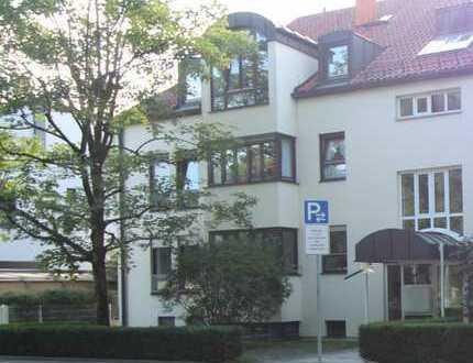 Münchner Immobilien MUC Kapitalanlage - Schwabing - Wunderschöne DGW direkt am Englischen Garten.