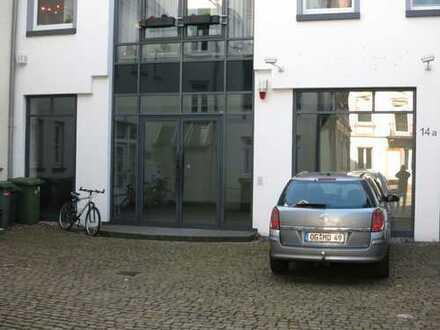 OG-Stadtmitte, Kanzlei,Büro,Laden,Praxis,Atelier,Schulung,Ausst ca.180 qm zu vermieten oder zu verk.