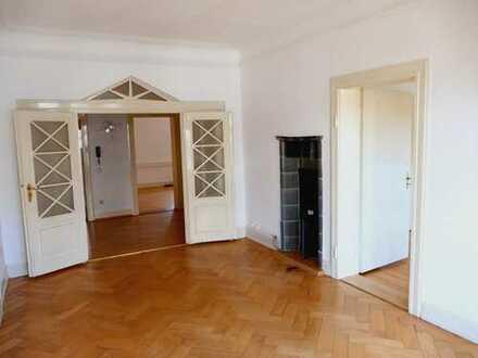 Schöne, geräumige 3 Zimmer Wohnung im Kurviertel Bad Kreuznach. Ideal für Paare.
