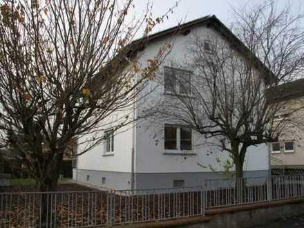 Mayence-Immobilien: Gepflegtes Einfamilienhaus mit Terrasse und Garten in Schwabenheim!!