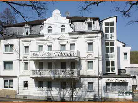 Prachtvolle Villa / Hotel in ruhiger Lage am Kurpark von Bad Salzschlirf