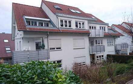 Für Kapitalanleger: Vermietete 2 Zimmer-Wohnung mit Gartenanteil
