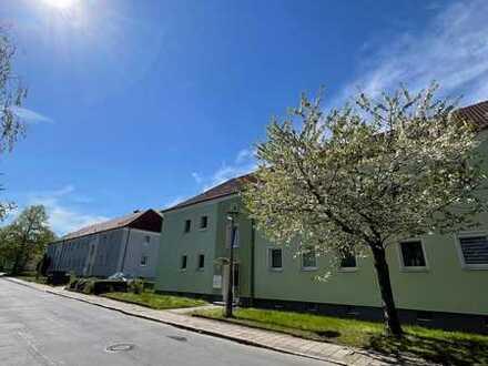 ++ 3-Raum-Wohnung mit Sonnen-Balkon und Stellplatz ++
