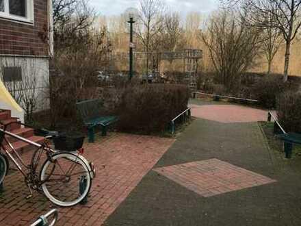 großräumige und helle 4 Zimmer-Wohnung im grünen Berlin-Hellersdorf, sofort bezugsfrei