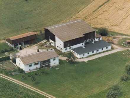 Gepflegtes 10-Zimmer-Mehrfamilienhaus in Michelsneukirchen, Cham (Kreis)