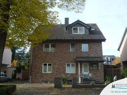 Anspruchvolles Dreifamilienhaus im Herzen von Leverkusen-Schlebusch!
