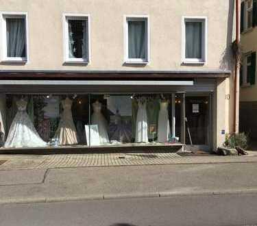Geschäftsräume in der Kernstadt von Tübingen zu vermieten. Als Laden, Gastronomie sowie Bürofläche