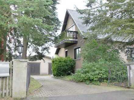 Doppelhaushälfte in zentraler Lage von Augustusburg!