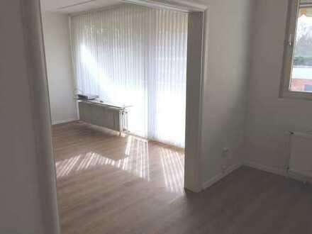 Helle, großzügige 4,5-Zimmer-Wohnung im Heideviertel Nähe MHH, Schwimmbad und Sauna