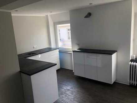 Erstbezug nach Sanierung: exklusive 2-Zimmer-Maisonette-Wohnung Teilmöbliert