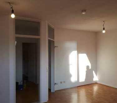 Gemütliche DG-Wohnung mit Aufzug in Burtscheid