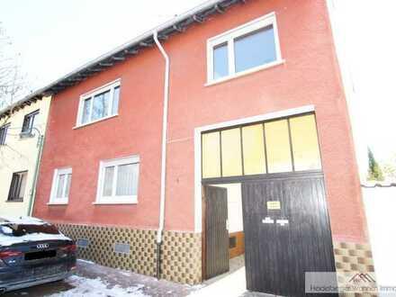 Schönes Ein-/ Zweifamilienhaus in Toplage, 166qm Wohnfläche mit ausbaubarer Scheune