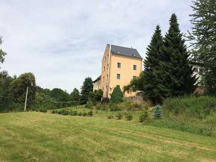 Ein Familienwohnhaus in reizvoller Lage und sehr viel Platz