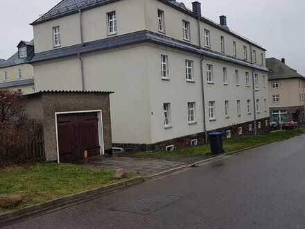 VERKAUF- Vermietete Dachgeschosswohnung in Hartmannsdorf