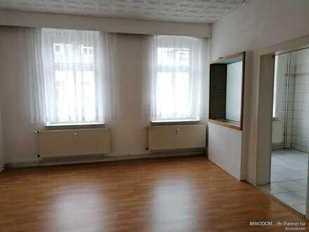 Große 2-Zi. Wohnung mit Balkon zu vermieten!