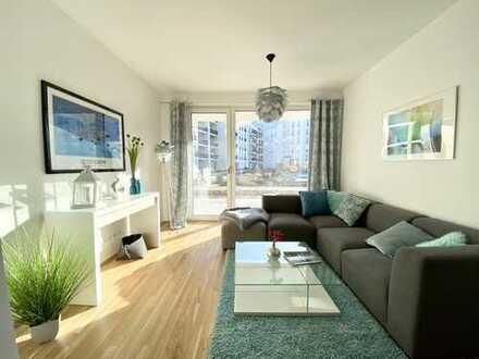 * Erstbezug - helle und top ausgestattet Dachgeschoss mit großer Dachterrasse *