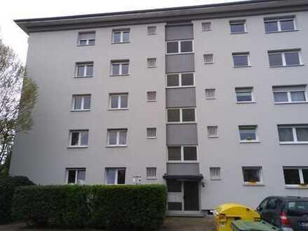 ++tolle 4 ZKB++ großer Südbalkon++renoviert++ruhige Wohnlage