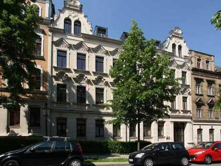 Gemütliche 2 Zimmer mit Laminat und Balkon am hinteren Kaßberg