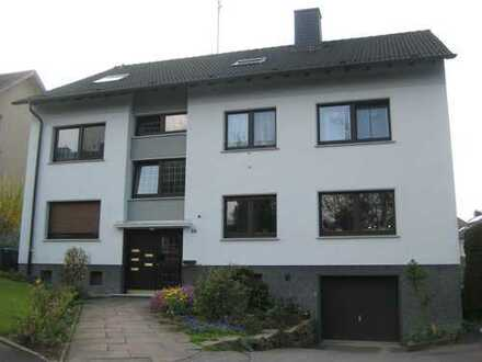 Vollständig renovierte 2,5-Zimmer-EG-Wohnung mit Balkon in Wetter - Wengern