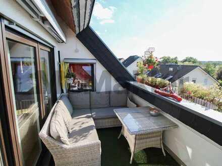 Vollständig renoviert und komfortabel ausgestattet: 4-Zi.-DG-Maisonette-Wohnung nahe Mannheim