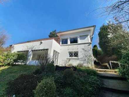 +++Repräsentatives Einfamilienhaus mit Garten, großer Südwest-Balkon, Doppelgarage, Wintergarten ...