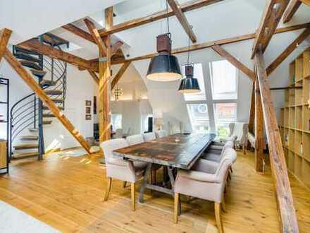 Beste Lage: Großzügige Dachgeschoss-Maisonette in Ku'Damm-Nähe -Spacious apartment close to Ku'Damm