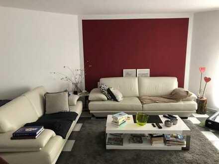 Gepflegte 2-Zimmer-Erdgeschosswohnung mit Einbauküche in Ostelsheim