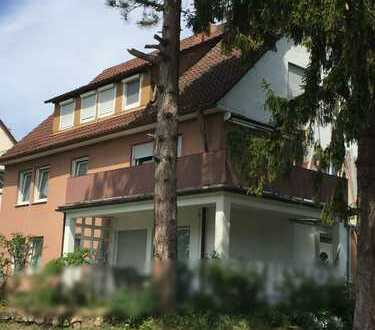 Dachgeschosswohnung ohne Balkon unterhalb vom Wartberg