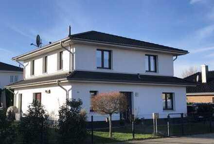 Stadtvilla in begehrter Lage in Adendorf zu verkaufen - Ideal für Familien