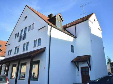 Anlageimmobilie: Gewerbeeinheit & 4 Wohnungen in Citylage!