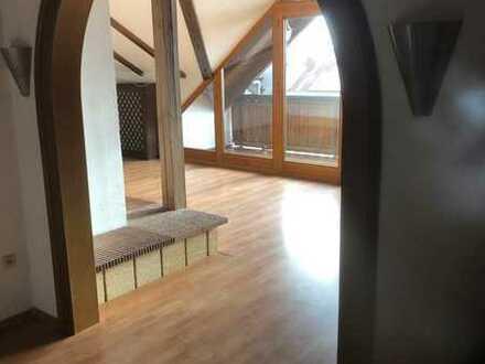 Stilvolle 2-Zimmer-Wohnung in Klosterlechfeld mit Panorama Blick