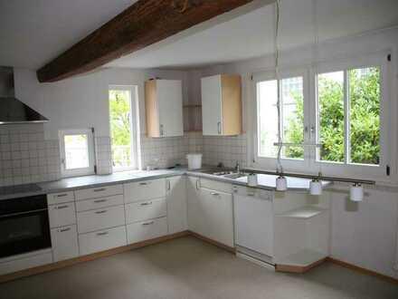 Schöne, geräumige vier Zimmer Wohnung in Südliche Weinstraße (Kreis), Herxheim bei Landau/Pfalz