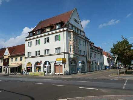 Kleiner Laden für schmales Geld mit Schaufenster im Gesellius-Haus, zentrale Lage