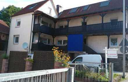 Erstbezug nach Sanierung: ansprechende 4-Zimmer-Wohnung mit Balkon in Sailauf
