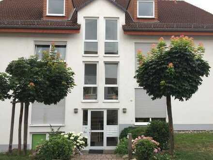 Schön geschnittene 3-Zimmer-Wohnung mit Balkon!
