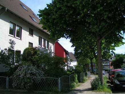 Schöne, helle zwei Zimmer Wohnung in ruhiger Lage in Bochum Eppendorf