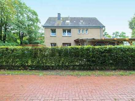 Vermieten oder mehrere Generationen: Gepflegtes MFH mit 3 WE, großem Garten und PV-Anlage