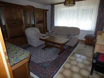 Gemütliches Einfamilinenhaus mit viel Platz und kleiner Terrasse