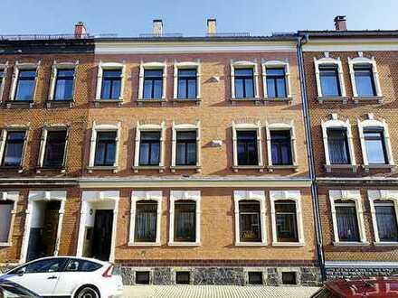Mehrfamilienhaus mit Hintergebäude