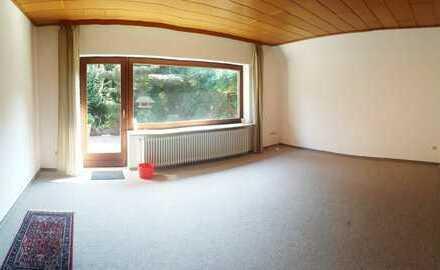 Teilmöblierte 3-Zimmer-Wohnung mit Wintergarten und Terrasse