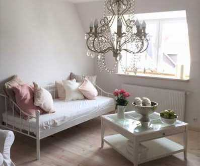 *Dies könnte Ihr neues Zuhause sein*Individuelle, wunderschöne Etagenwohnung mit Wohlfühlcharakter