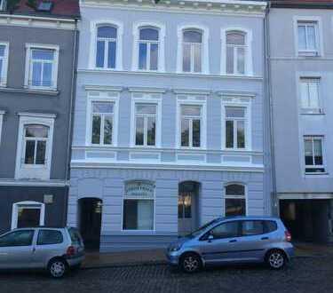Praxis-/ Laden bzw. Bürofläche, zentral gelegen in der Kurzen Straße