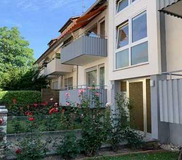 ++ Stuttgart ++ Mehrfamilienhaus mit 8 Wohneinheiten und 3 Garagen ++ 3 Wohnungen frei ++