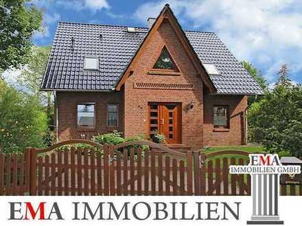 Architekten-Einfamilienhaus mit Doppelgarage