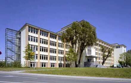 Autobahnnahe Büros am Flughafen Dresden