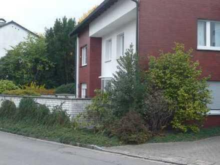 3-Zimmer-Erdgeschosswohnung mit kleinem Garten und EBK in Dortmund-Wichlinghofen
