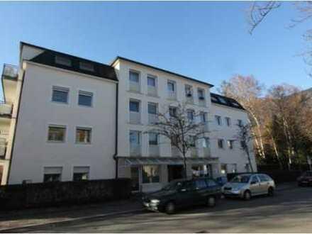Sehr schöne 3-Zimmer Wohnung mit Lift in zentraler Stadtlage ohne Balkon!